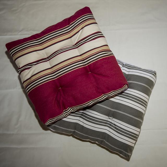coussins de sol filature des landes catusse. Black Bedroom Furniture Sets. Home Design Ideas